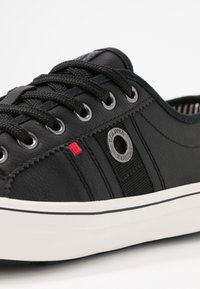 s.Oliver - Sneakers - black - 2