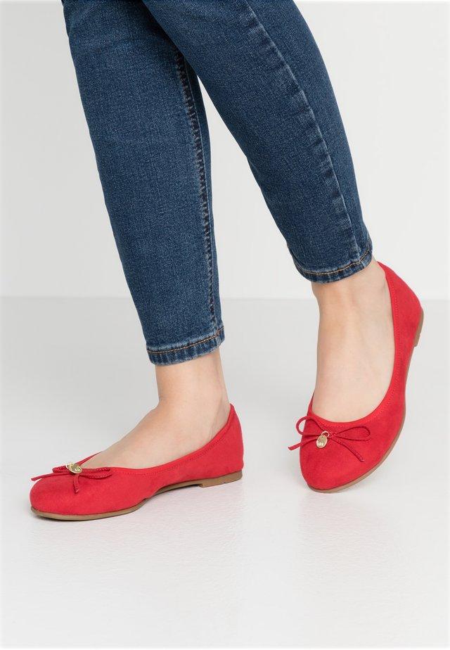 Klassischer  Ballerina - red