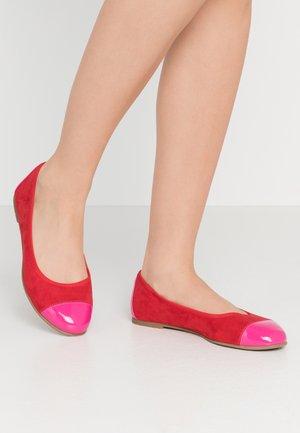 Ballet pumps - fuxia