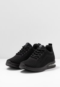 s.Oliver - Trainers - black - 4