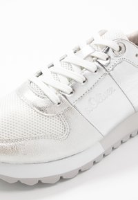s.Oliver - Trainers - silver - 2