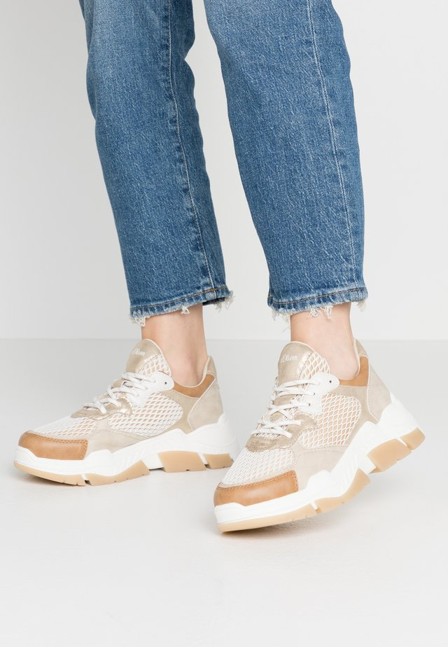 LACE-UP - Sneakers laag - beige