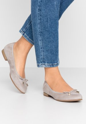 5-5-22112-24 - Ballet pumps - light grey