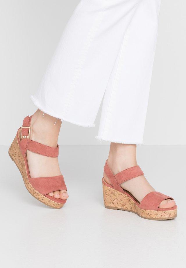 Sandalen met plateauzool - mauve