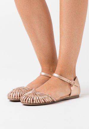 Ankle strap ballet pumps - rose gold