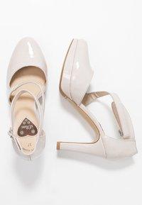 s.Oliver - Zapatos altos - light grey - 3