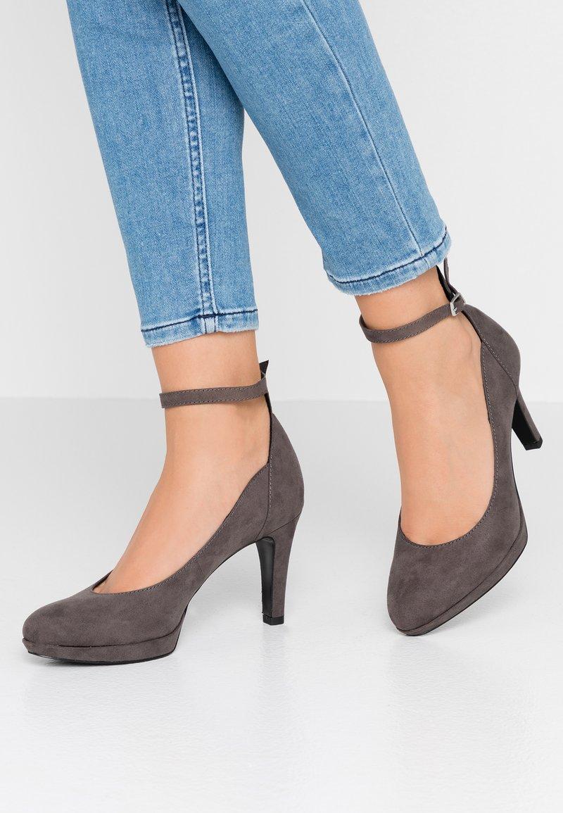 s.Oliver - High Heel Pumps - grey