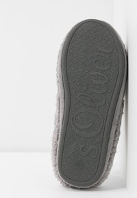 s.Oliver - Slippers - grey - 6