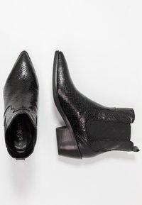s.Oliver - Botki kowbojki i motocyklowe - black - 3
