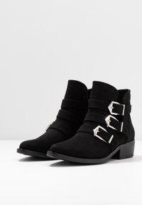 s.Oliver - Boots à talons - black - 4