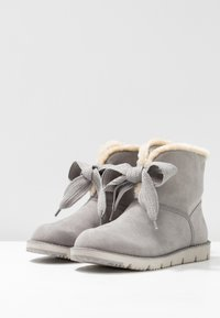 s.Oliver - Classic ankle boots - grey - 4