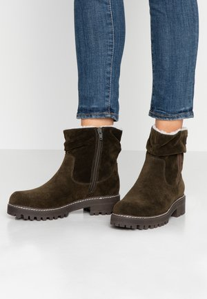 Classic ankle boots - forest olive