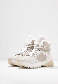 s.Oliver - Ankle boots - light grey - 4