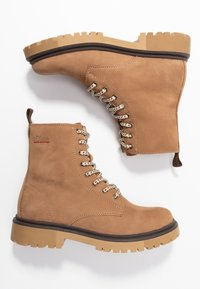 s.Oliver - BOOTS - Lace-up ankle boots - camel - 3