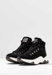 s.Oliver - BOOTS - Ankelboots - black - 4