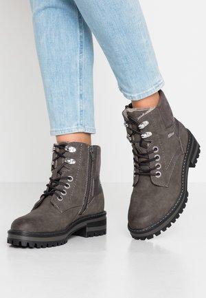 Šněrovací kotníkové boty - anthracite