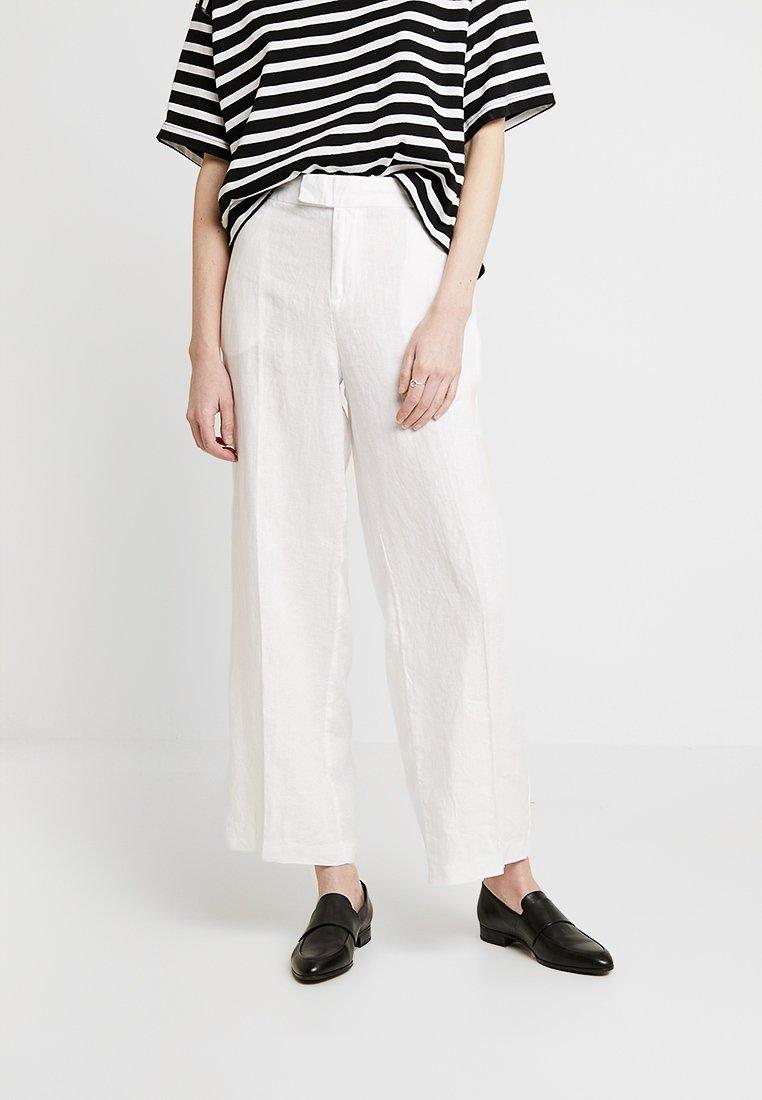 s.Oliver - WIDE LEG - Kalhoty - white