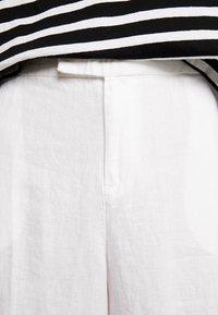 s.Oliver - WIDE LEG - Kalhoty - white - 5