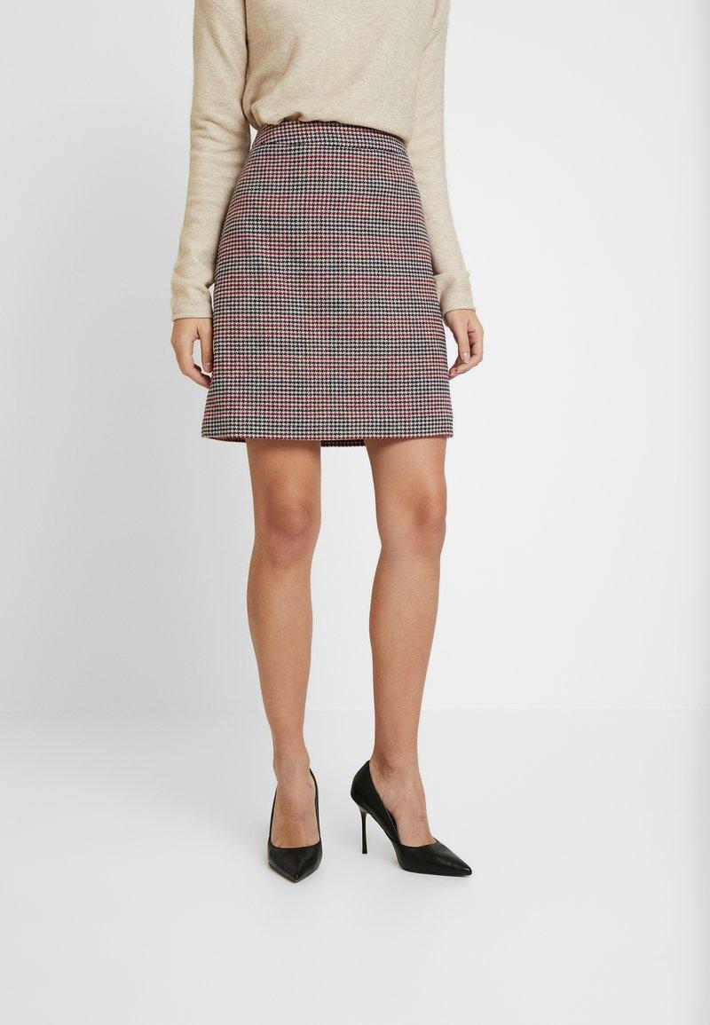 s.Oliver - Mini skirt - sand