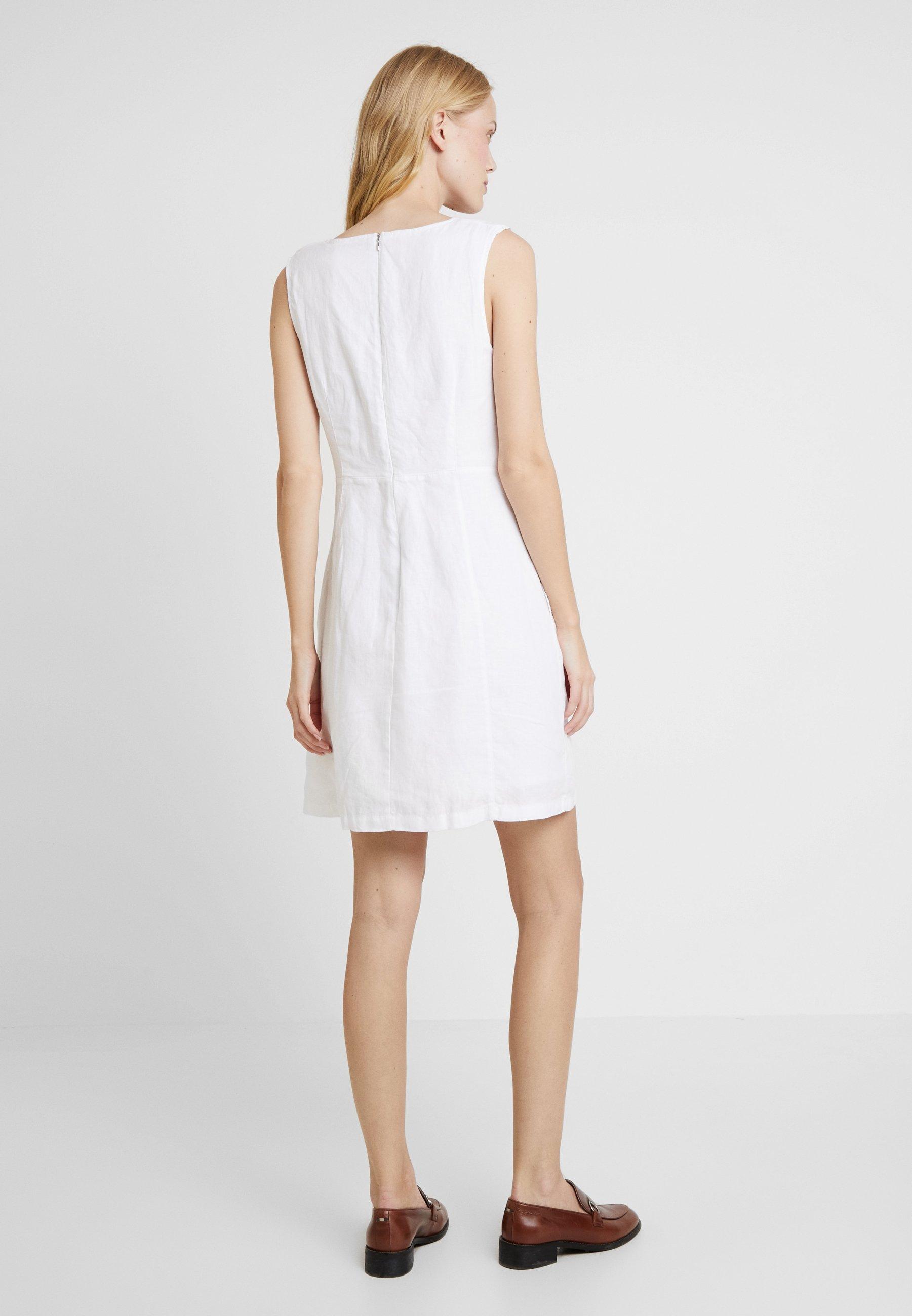 s.Oliver Vestito estivo - bianco white