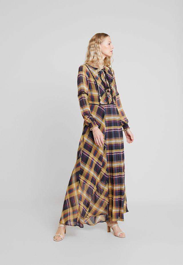 LANG - Maxi šaty - yellow