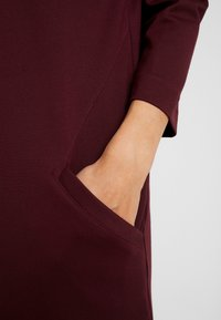 s.Oliver - Jersey dress - red - 6