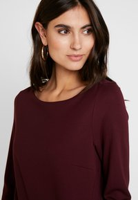 s.Oliver - Jersey dress - red - 4