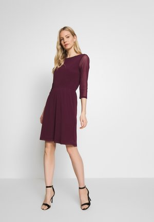 Day dress - bordeaux
