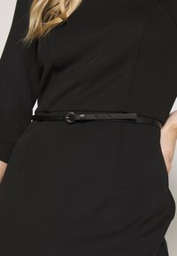 s.Oliver BLACK LABEL - KLEID KURZ - Vestido de tubo - true black