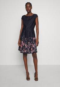 s.Oliver - Day dress - navy panne - 3