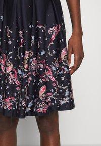 s.Oliver - Day dress - navy panne - 6