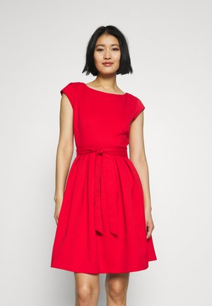 Shift dress - luminous red