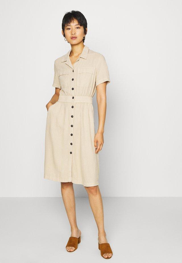 Sukienka koszulowa - brown