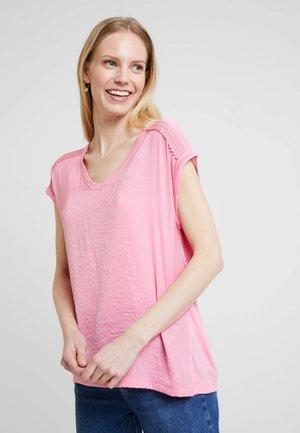 Pusero - light pink