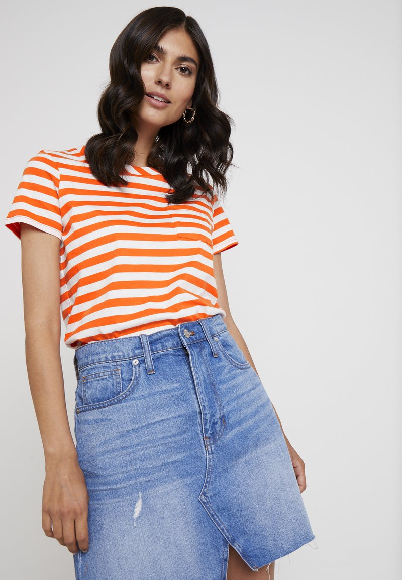 s.Oliver - KURZARM - T-Shirt print - orange