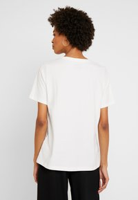 s.Oliver - WOODSTOCK - T-shirt con stampa - creme - 2