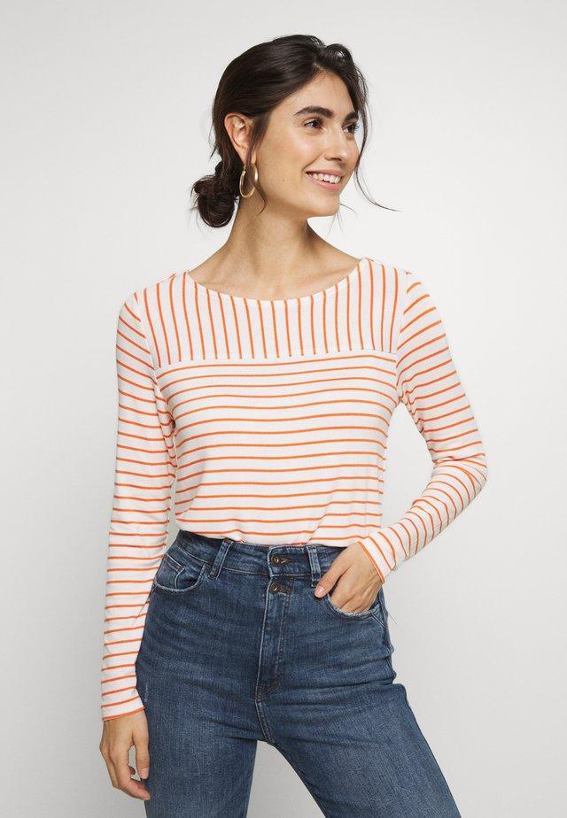 LANGARM - Long sleeved top - beige