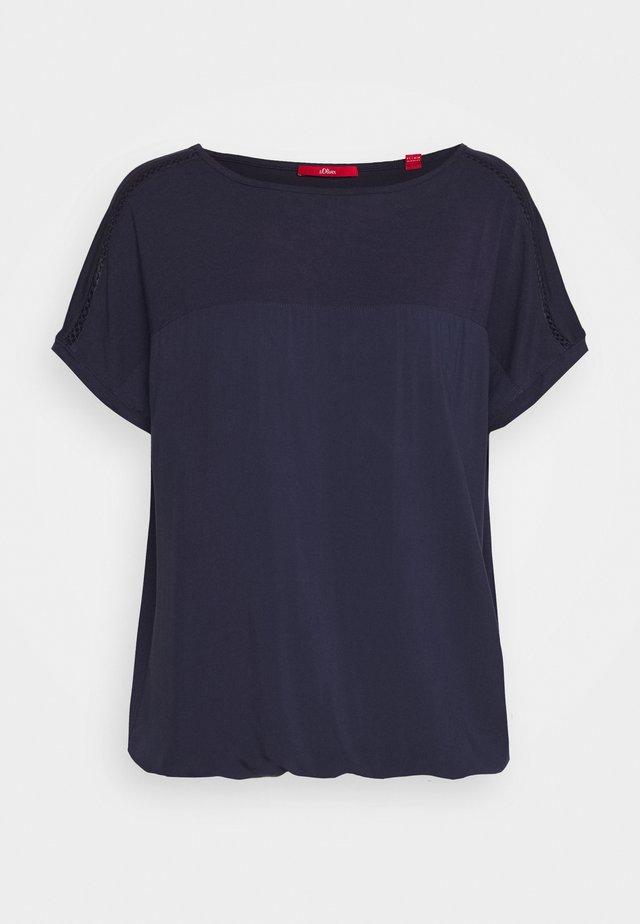 T-shirt print - dark steel