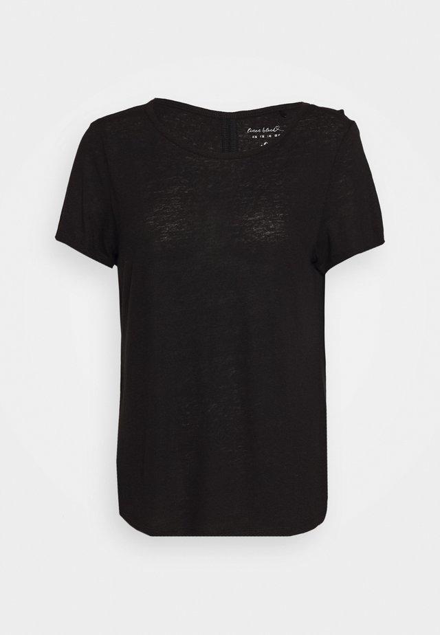 KURZARM - Jednoduché triko - black