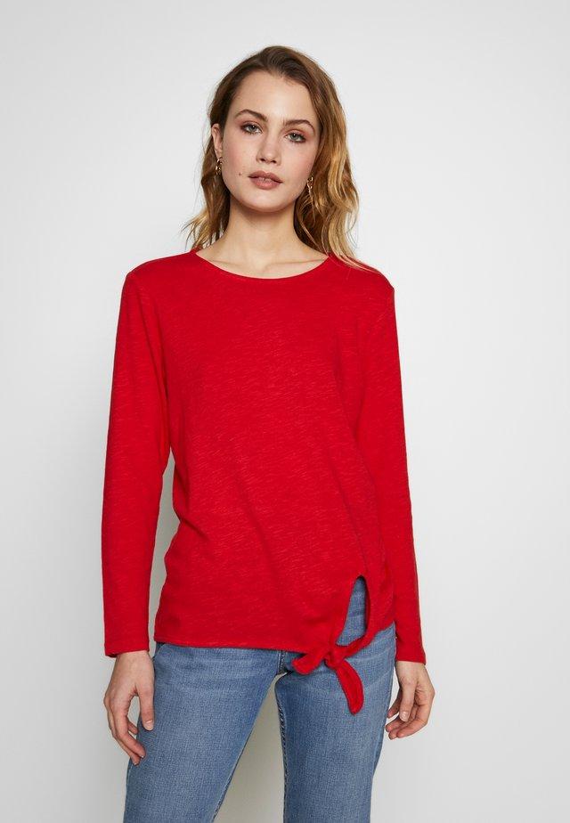 LONG-SLEEVED - Pitkähihainen paita - luminous red