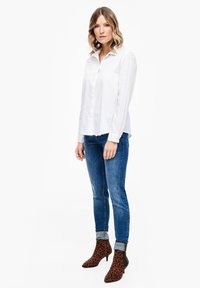 s.Oliver - MIT KNOPF DETAIL - Button-down blouse - white - 1