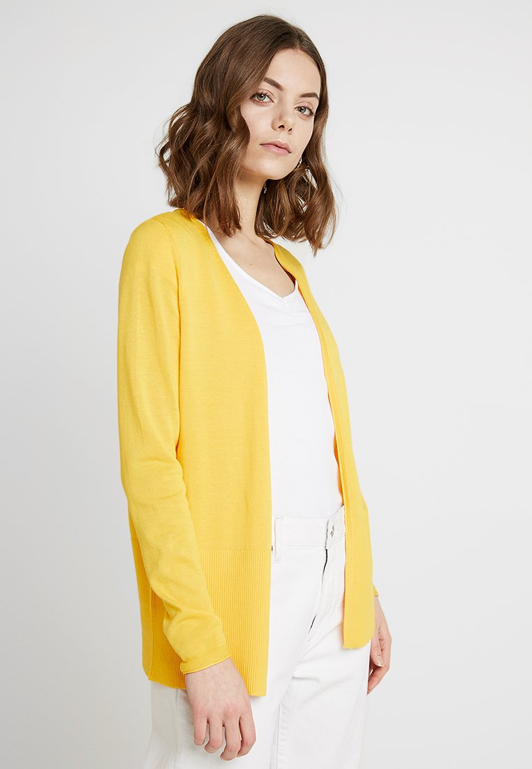 s.Oliver - Strickjacke - pure yellow