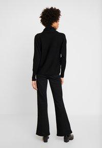 s.Oliver - Stickad tröja - black - 2