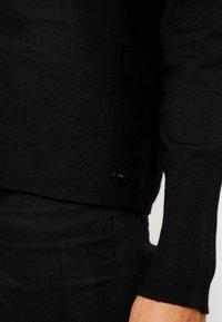 s.Oliver - Stickad tröja - black - 5