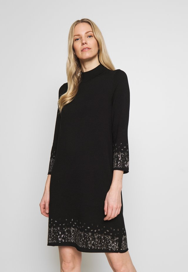 Vestido de punto - true black