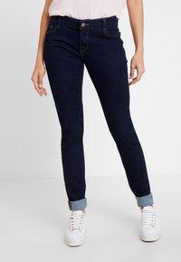 s.Oliver - SHAPE - Jeans Slim Fit - blue denim - 0