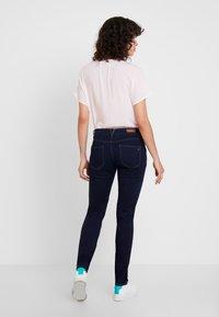s.Oliver - SHAPE - Jeans Slim Fit - blue denim - 2