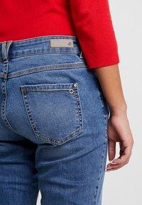 s.Oliver - SMART - Straight leg jeans - middle blue denim - 5