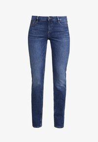 s.Oliver - SHAPE - Slim fit jeans - blue denim - 3