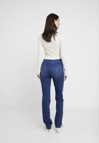 s.Oliver - SMART - Jeans straight leg - blue denim stretch - 2
